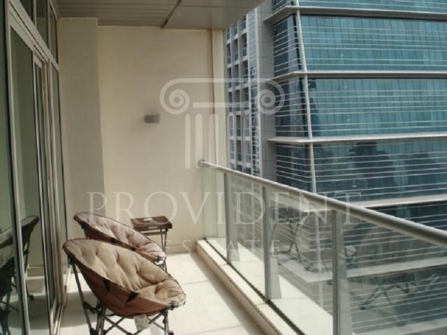Balcony - Madina Tower_Jumeirah Lake Towers