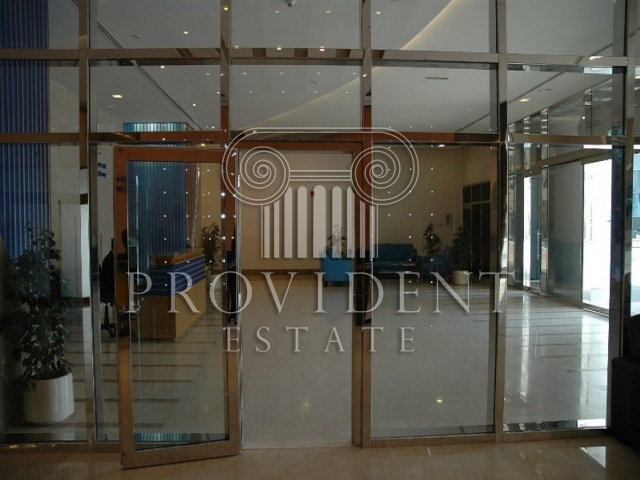 Goldcrest Executive, JLT - Lobby