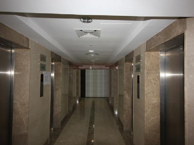Goldcrest Executive, JLT - Elevators