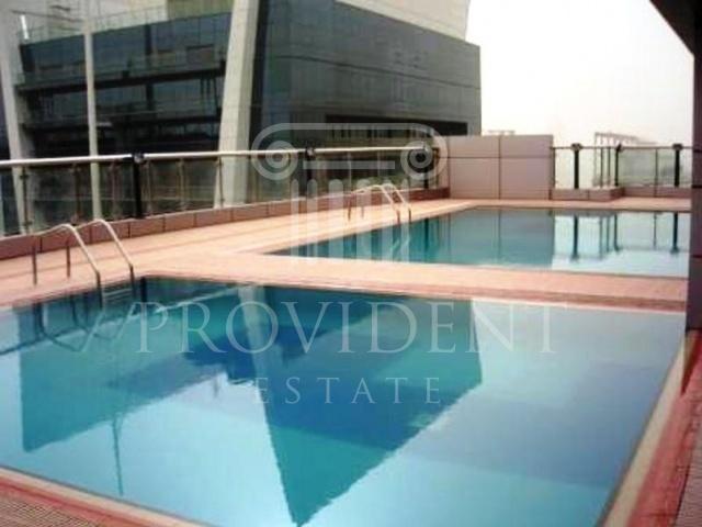 Shared pool - V3 Tower, JLT